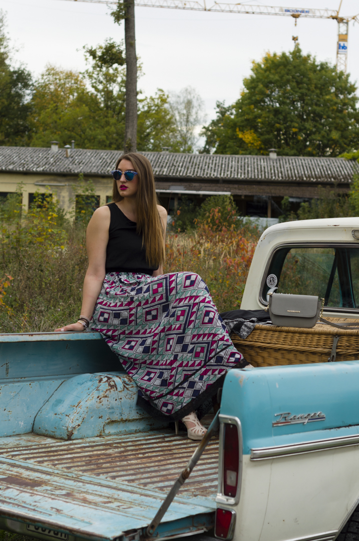 The Fashion Angels With The Blue Oldtimer Styleaway